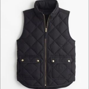 Like New J.Crew Excursion Quilted Vest in Black
